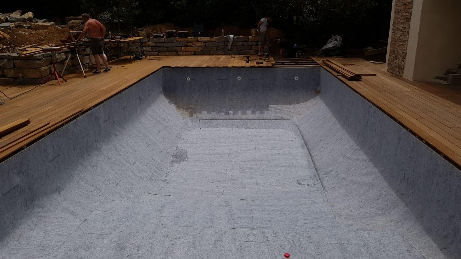 Préparation après la rehausse du bassin